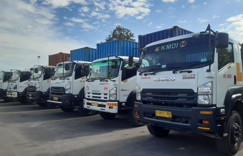 Our Services Land Transportation 4 3d_our_service_container_th2